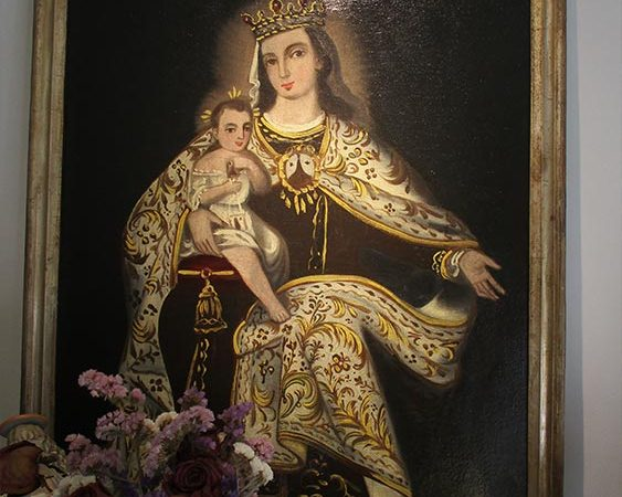 Pintura virgen del carmen restaurada.
